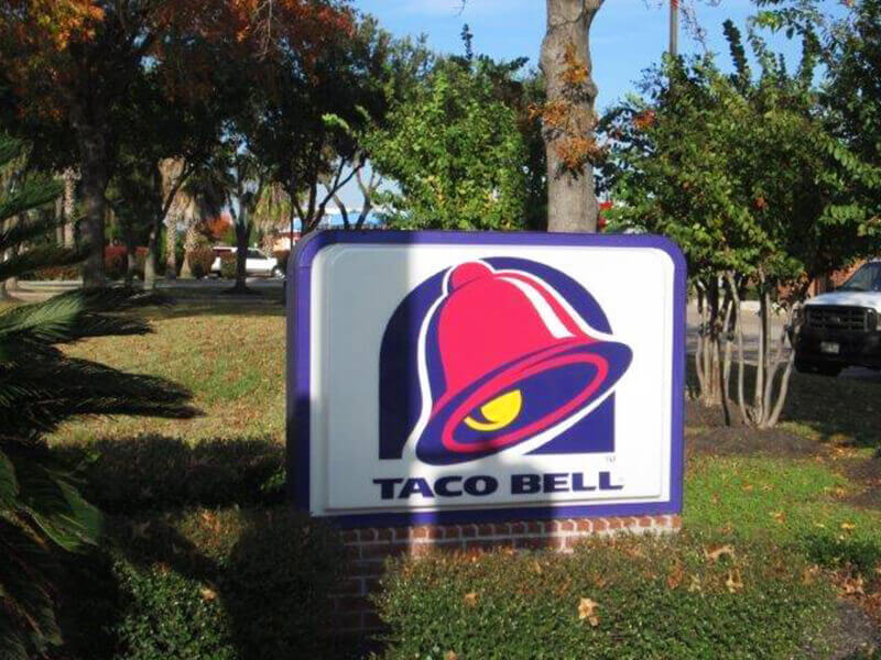 Popular Lighted Business Signs for 2021